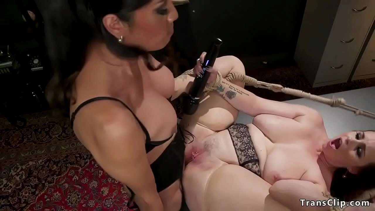 Bbw Fucked By Shemale Jpg