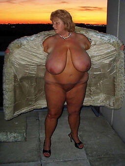 Bbw Naked Mature Galleries Png