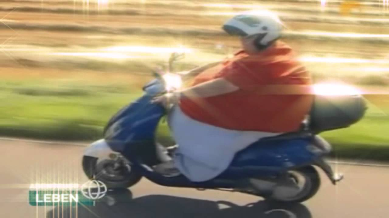 Fat Chick On Scooter Png