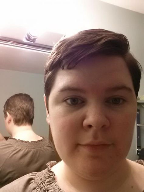 Fat Chicks With Short Hair Images