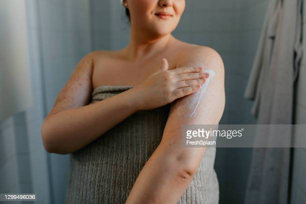 Fat Woman In The Shower Png