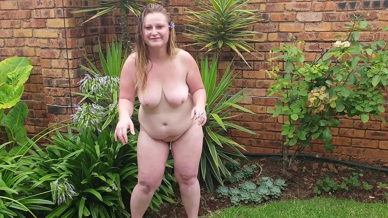 Nude Fat Girls Picutres Png