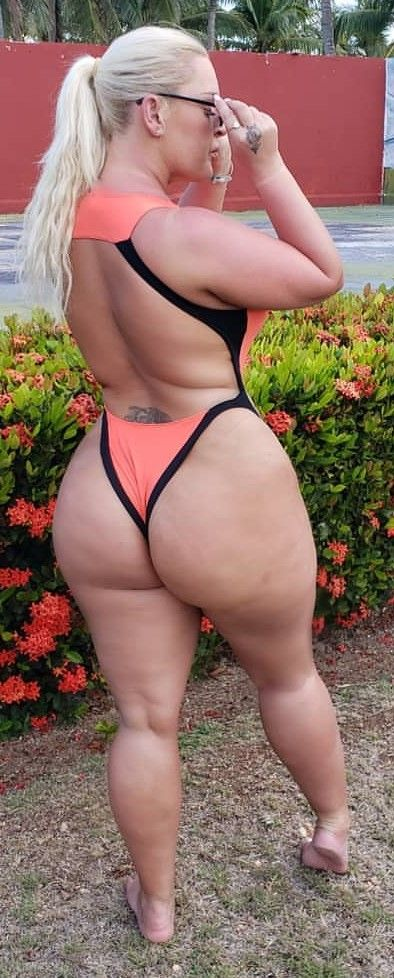White Girl With Fat Ass Scenes